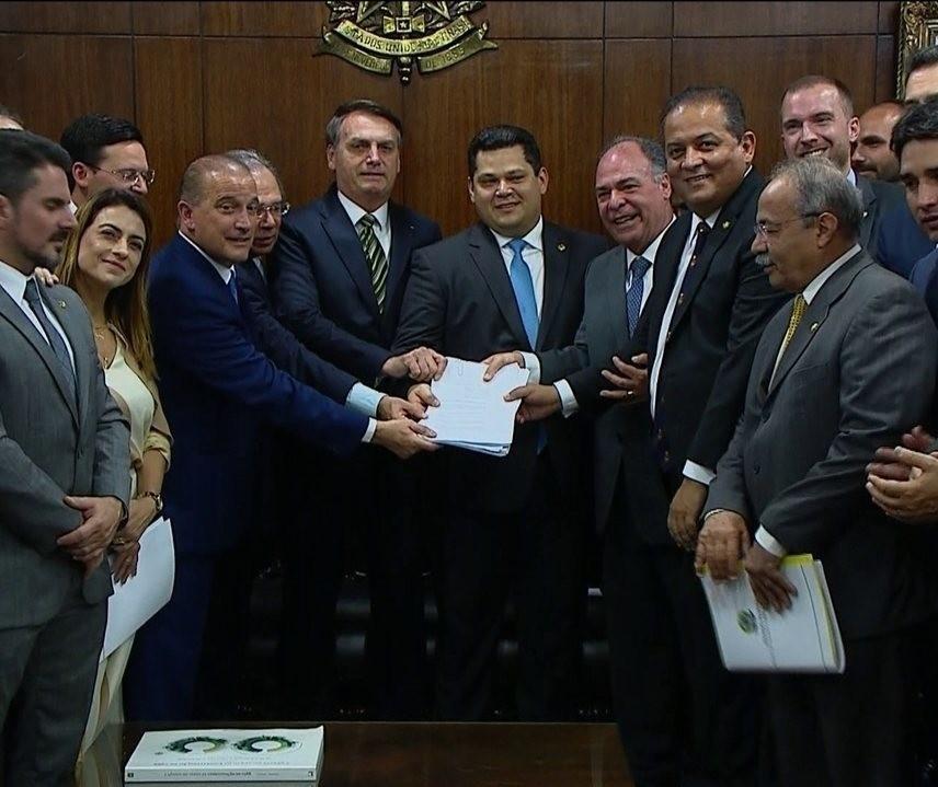 Governo Federal propõe incorporar pequenas cidades a municípios vizinhos