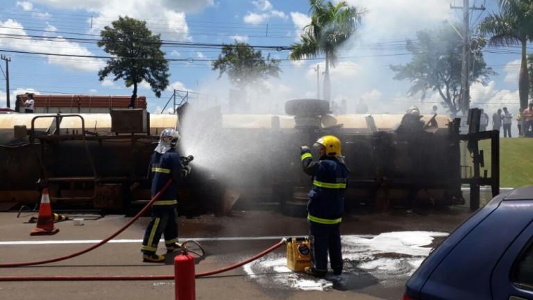 Sete feridos e um morto, em acidente simulado