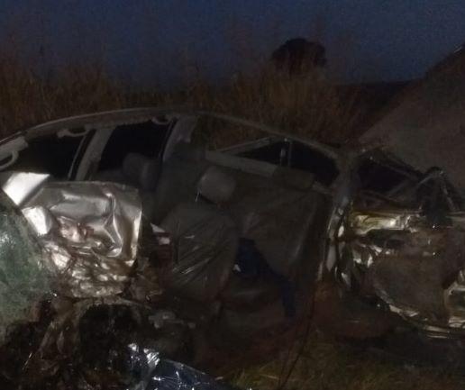 Jovem morre em acidente envolvendo caminhão e caminhonete