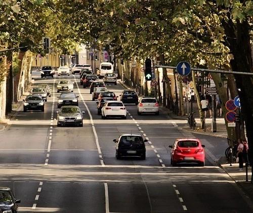 Pesquisa aponta imprudência de pedestres e ciclistas no trânsito