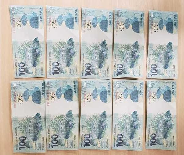 Polícia Federal de Maringá prende homem com R$ 1 mil em notas falsas