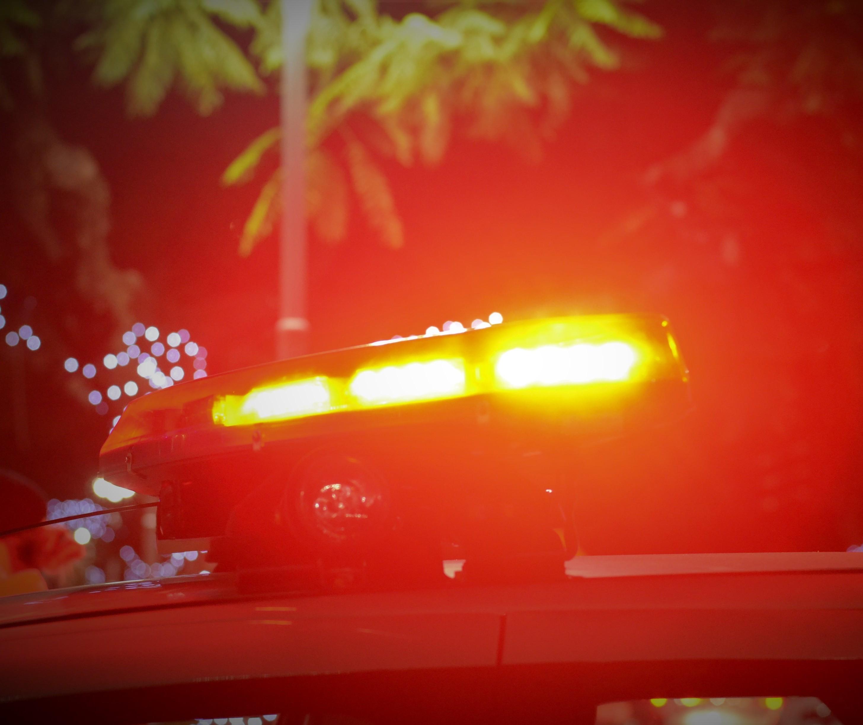 Casal é preso em flagrante por roubo com arma falsa