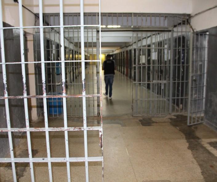 223 presos de Maringá têm saída temporária de fim de ano