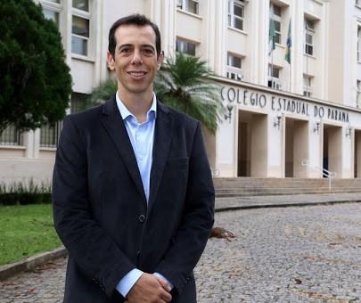 Paraná tem volta às aulas ainda este ano