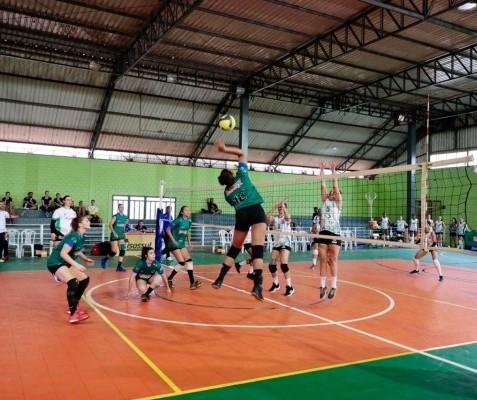 Amavôlei faz a melhor campanha da primeira fase do Paranaense feminino