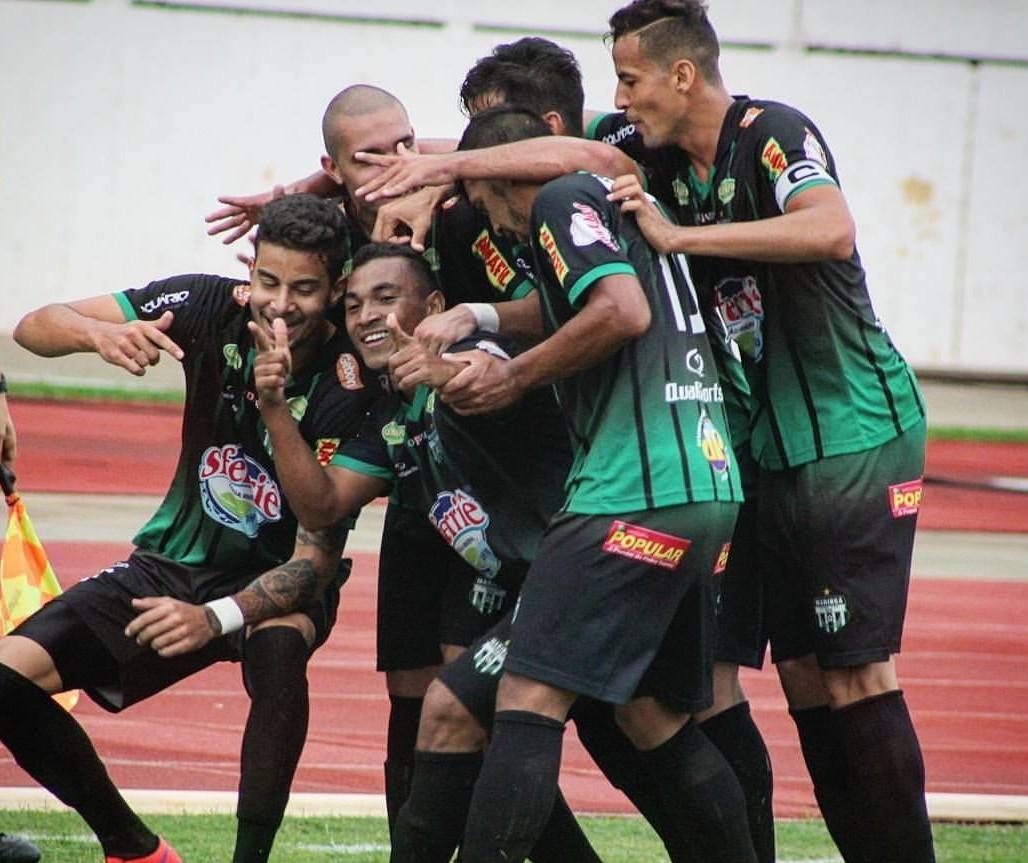 Maringá FC tenta primeira vitória no Paranaense neste domingo