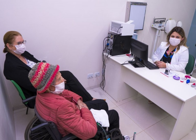 Com mutirão e telemedicina, a Prefeitura de Maringá pretende reduzir filas de espera por consultas especializadas