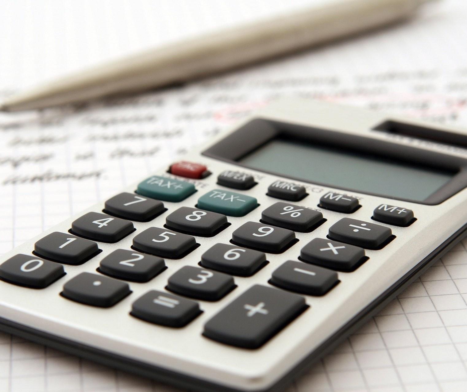 Economia apresenta retração e inadimplência pode deixar o crédito mais caro