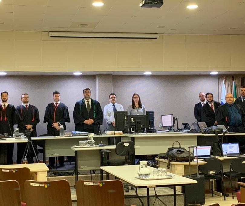 Atrasos marcam primeiro dia de julgamento dos réus no crime contra auditor fiscal