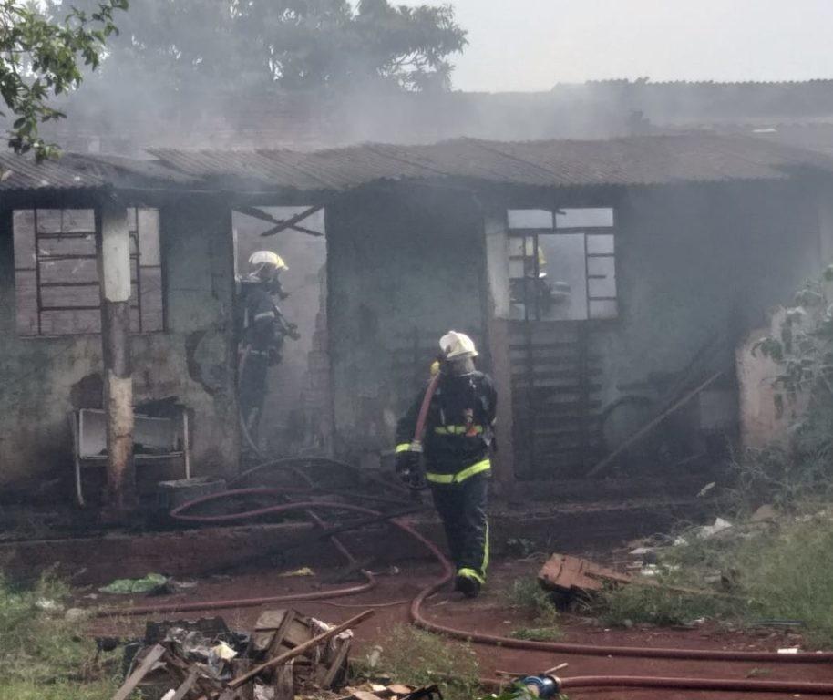 Incêndio destrói casa em Sarandi