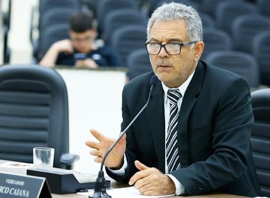 Caiana criticou fiscalização da Prefeitura em último discurso na Câmara