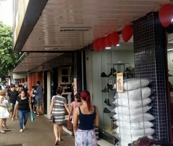 Comércio de Sarandi abre em horário especial nesse sábado (9)