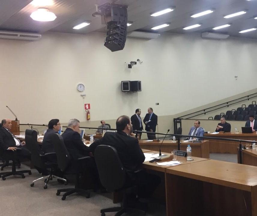 Vereadores sugerem alterações no código tributário maringaense