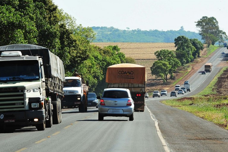 Mais de 320 motoristas são autuados nas rodovias estaduais da região