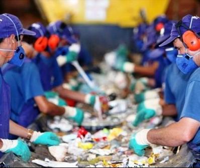 População ainda tem dificuldade em separar lixo orgânico do reciclável