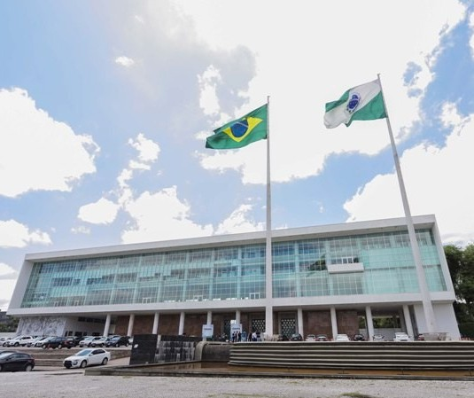 Toque de recolher é prorrogado por mais 10 dias no Paraná