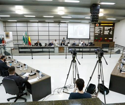 Câmara aprova projetos que tratam da Maringá Previdência e reforma administrativa municipal