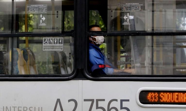 Cianorte proíbe pessoas com mais de 60 anos no transporte coletivo
