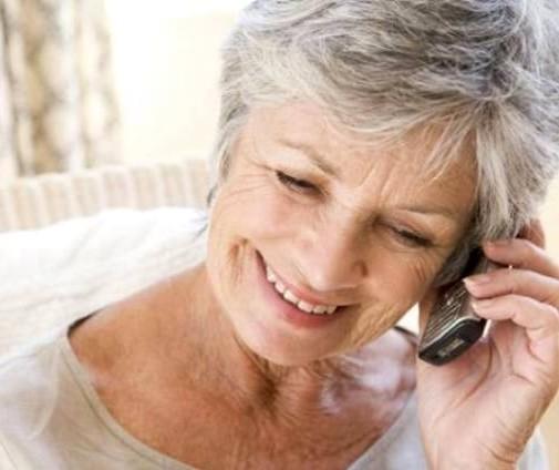 Saúde segue sem agendar consultas médicas por telefone e internet