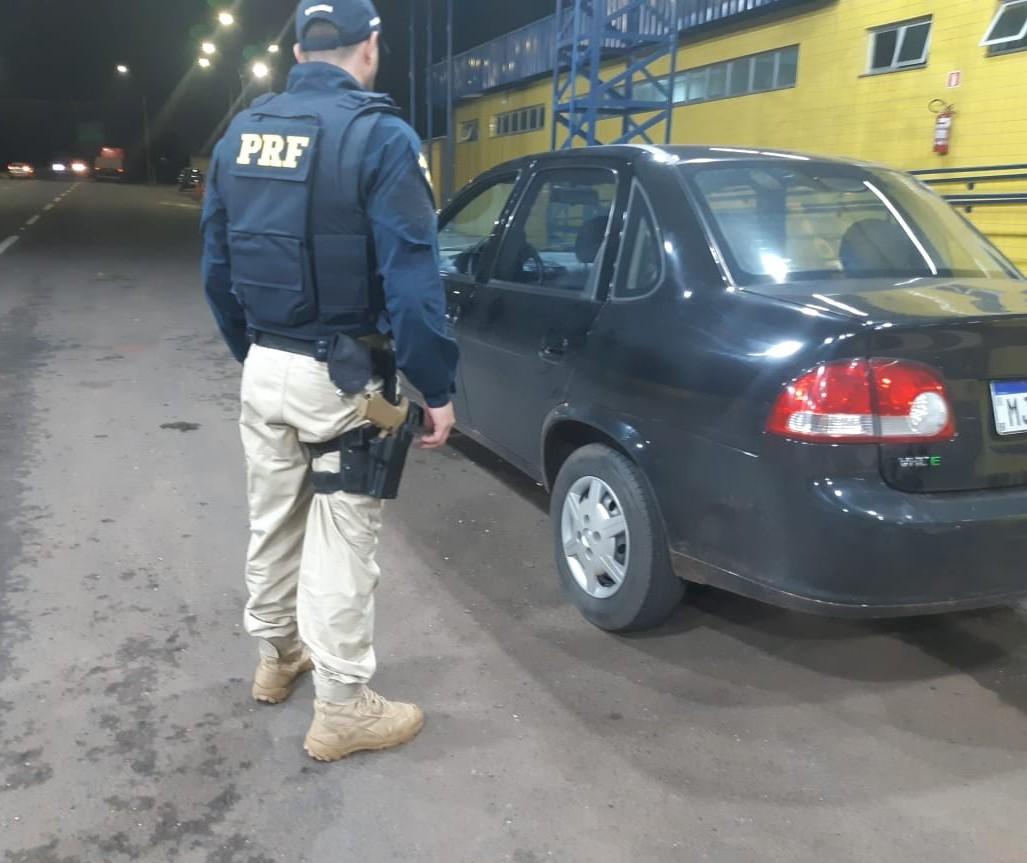 Condutor é preso com carro roubado em Mandaguari