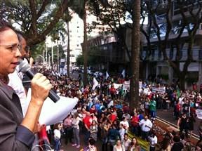 Dois mil trabalhadores pararam em Maringá contra as reformas, estimam organizadores