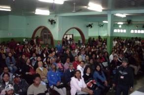 238 famílias assinam termo de adesão e participam de sorteio das casas do PAC
