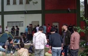Sinteemar- Sindicato dos Estabelecimentos de Ensino de Maringá forma comissão para conversar com estudantes acampados na reitoria da UEM