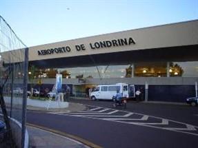Campanha Maringá Merece - Passageiros de avião de Maringá embarcam em Londrina para economizar na passagem