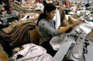 Indústrias de confecção da região não sabem o que fazer com os resíduos de poliéster