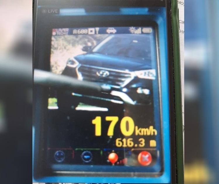 Veículo é flagrado a 170 km/h em rodovia da região