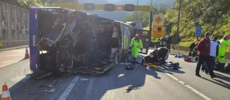 Investigações sobre acidente na BR-376 envolvendo time de futsal de Umuarama foi um dos destaques do CBN Paraná desta sexta-feira (9)
