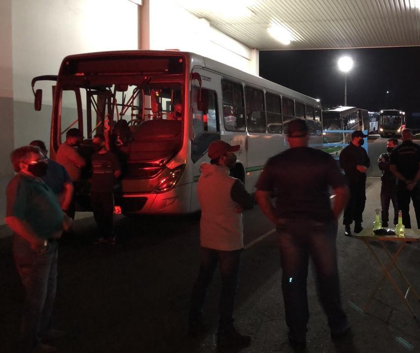 Segundo TCCC, apenas 50% dos ônibus estão rodando em Maringá