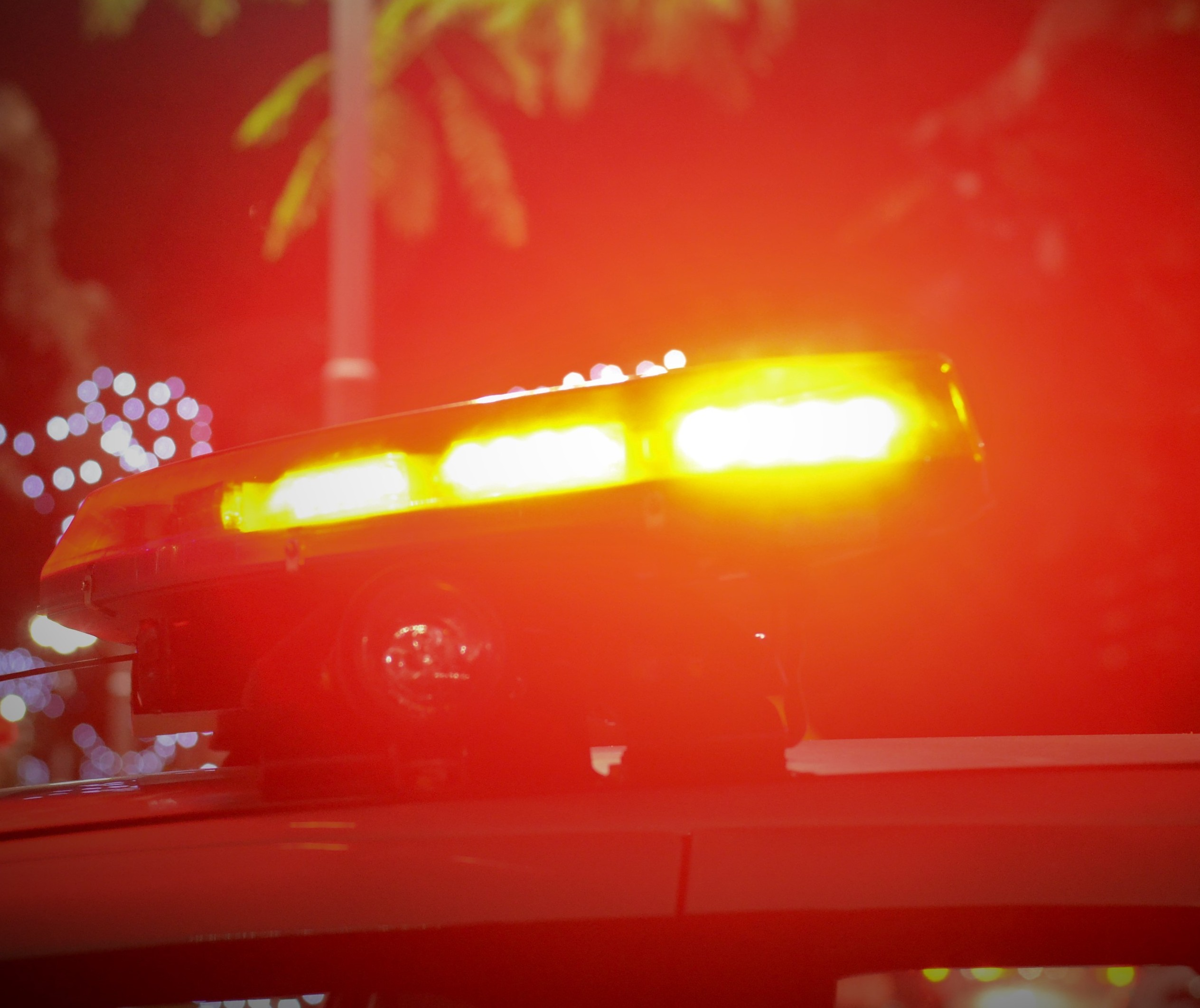 Homem é morto a tiros dentro de carro por ex-sócio