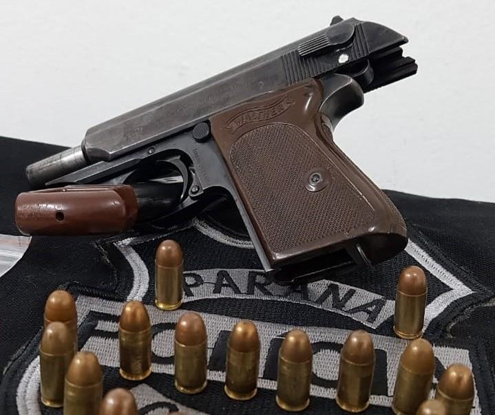 Pistola carregada é encontrada em escola de Maringá