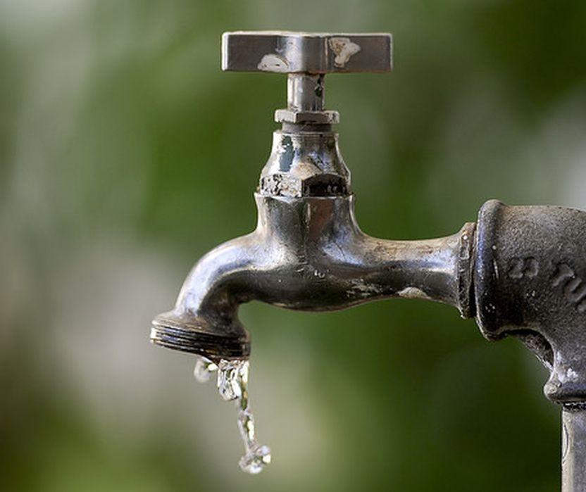 Rodízio no abastecimento fez aumentar a procura por caixas d'água em Marialva