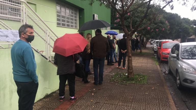 Maringá começa a vacinar a população geral