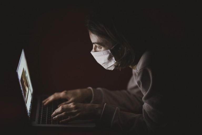 Vamos falar sobre... série especial um ano de pandemia