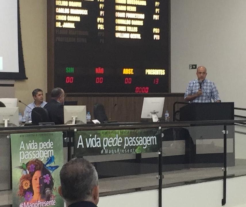 Vereadores questionam decreto municipal sem consulta ao Legislativo