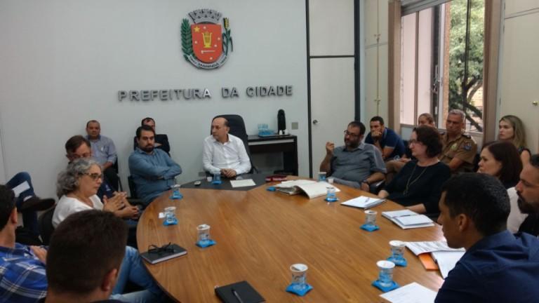 Reunião discute segurança na Zona 9, em Maringá