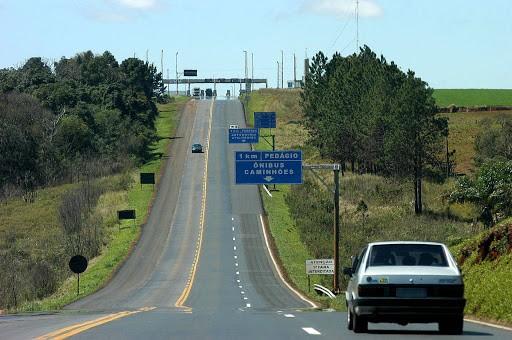 PRF registrou 6877 acidentes nas estradas federais do Paraná em 2020