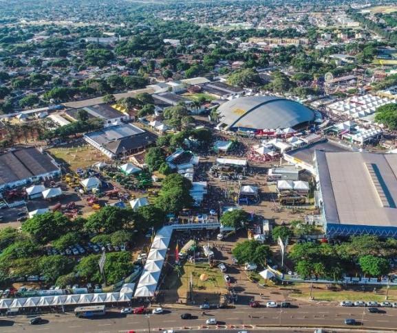 Sem Expoingá, Prefeitura de Maringá economiza R$ 210 mil com show de Luan Santana