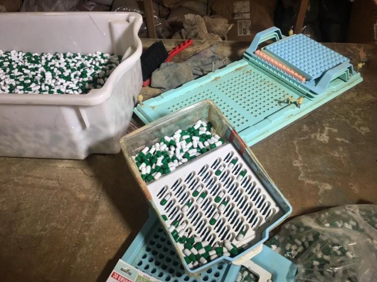 Empresa clandestina de manipulação de medicamentos é fechada em Maringá