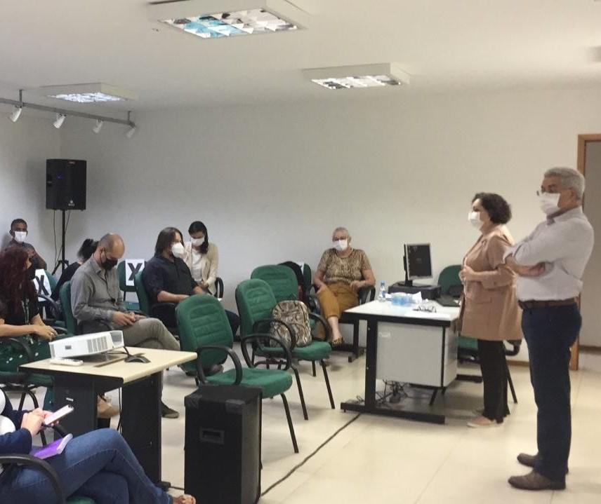 Em Maringá, Paraná apresenta plano de combate à dengue ao Ministério da Saúde