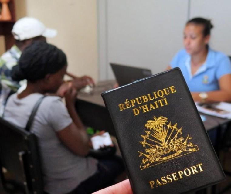Haitianos criam associação em Maringá