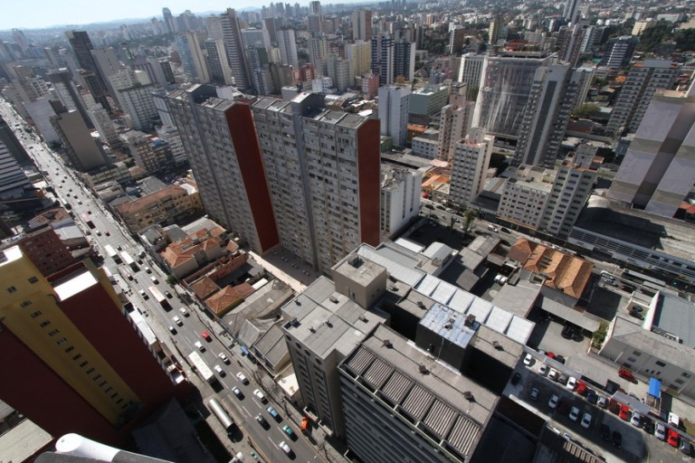 TCE-PR aponta impactos da pandemia em Maringá e outras sete cidades