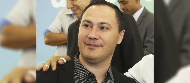 Rogério Bernardo (PSD), prefeito reeleito de  Ângulo, quer ser presidente da Amusep