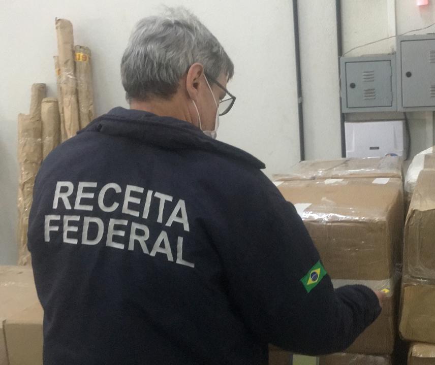 Receita Federal apreende R$ 2,3 mi em mercadorias estrangeiras