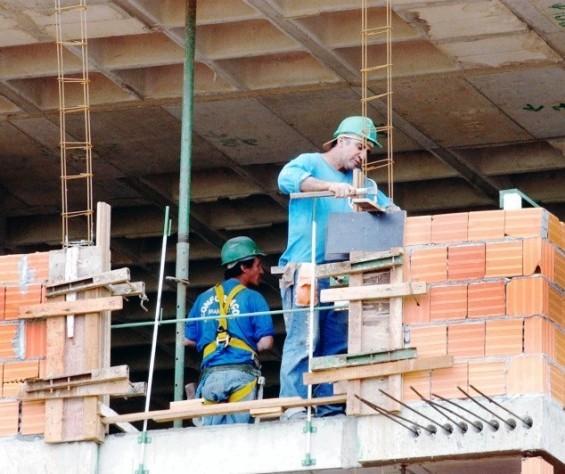 Sinduscon pede a retomada de obras de infraestrutura