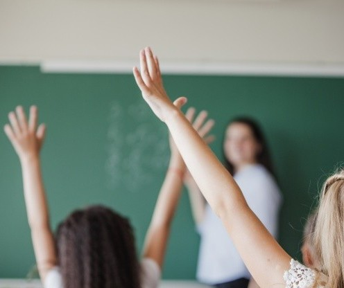 Maringá: Escolas particulares querem volta às aulas este mês