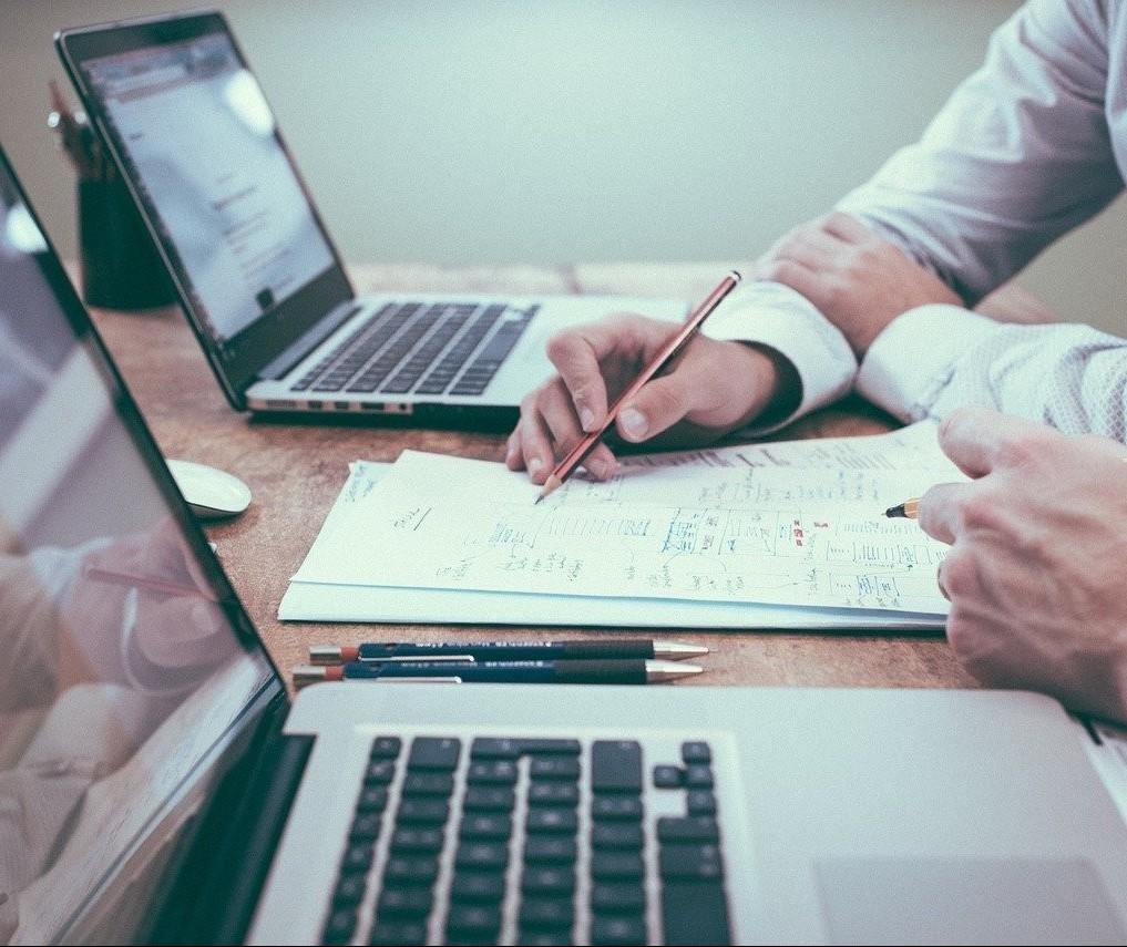 Lei de licitações protege empresas contra atrasos no pagamento de contratos
